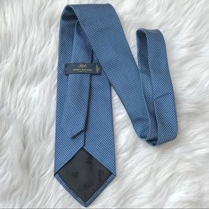 Brooks Brothers Italian Silk Stripes Navy Neck Tie
